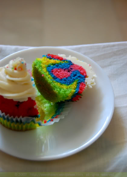 cuppedrainbow2
