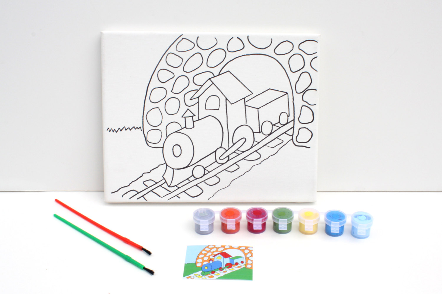 train painting craft