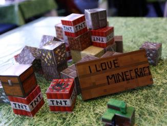 diy minecraft party crafts