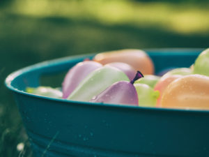 water balloons for memorial day games