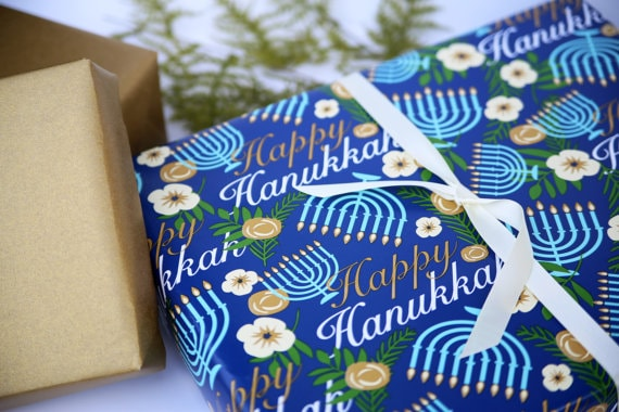 hanukkah gift giving etiquette