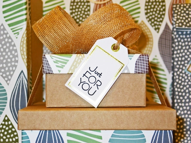 gift exchange gifts under $10
