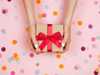 A random name drawing app will make your next gift exchange much easier.