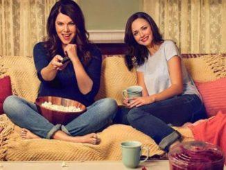 Gilmore Girls watching TV